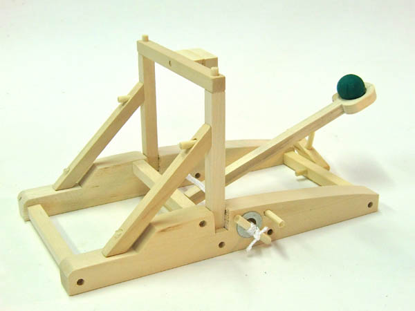 Catapult (Medieval Siege Engines)