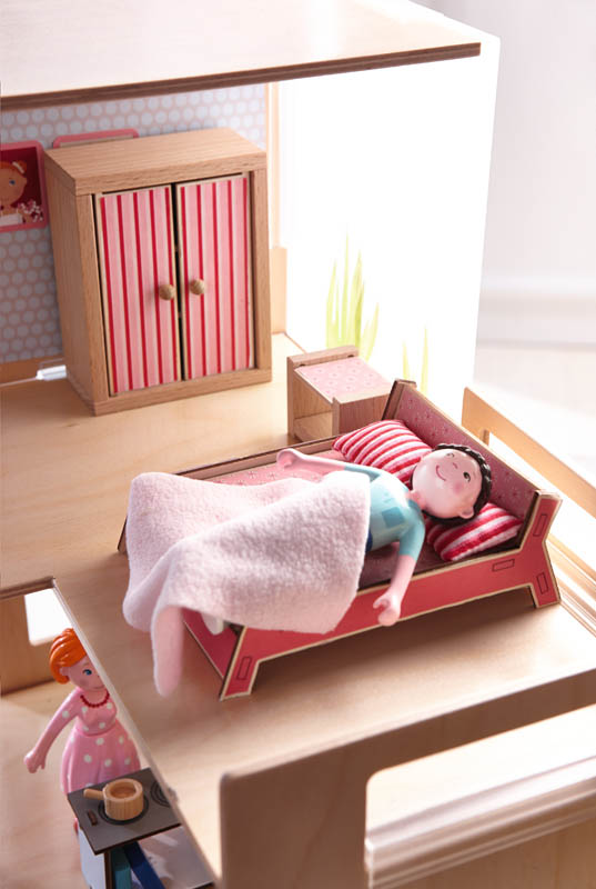 Little Friends - Dollhouse Furniture Master Bedroom