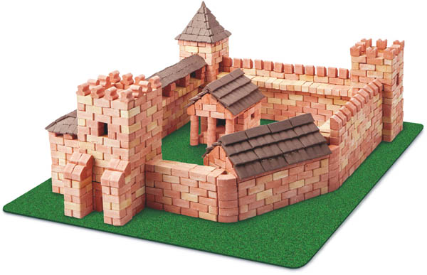 Red Castle 1800 Piece Construction Set