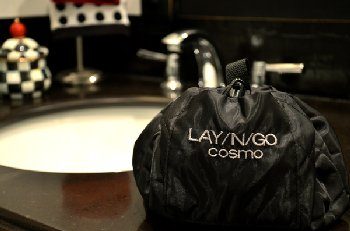 "Lay-N-Go Cosmo (18"") Black Small"