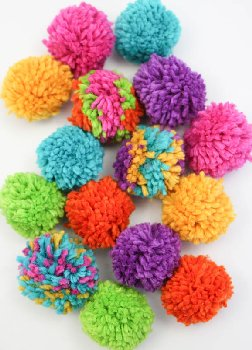 Pom Pom Garland Kit- Rainbow